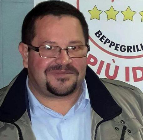Gela; gazebo M5s con firme contro sindaco, multati
