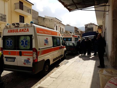 Trapani/ Anziano muore in ospedale, 12 indagati