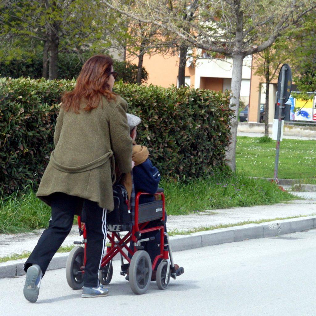 L'ultima trovata di Crocetta: ex forestali assisteranno i disabili gravi