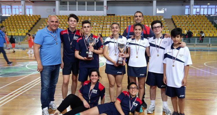 Badminton, gli atleti delle scuole milazzesi trionfano alle regionali