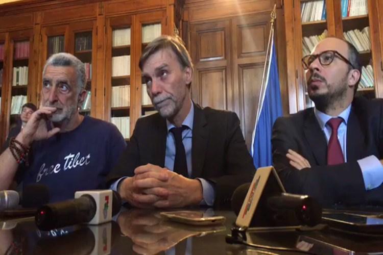 Il ministro Delrio a Messina conferma la riforma dei porti e bacchetta l'autostrada