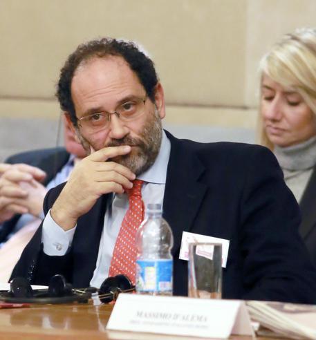 L'ex pm di Palermo Antonio Ingroia indagato per peculato
