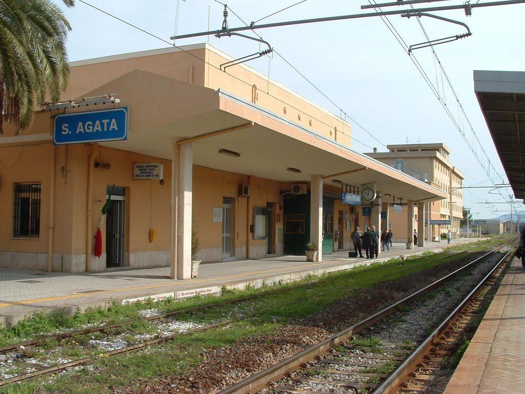 Verso la chiusura il presidio di polizia ferroviaria di Sant'Agata di Militello, le reazioni politiche