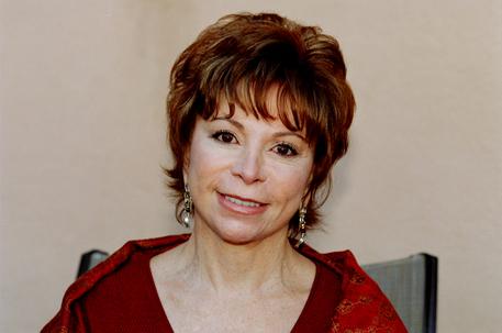 Libri: Premio Sicilia a Isabel Allende