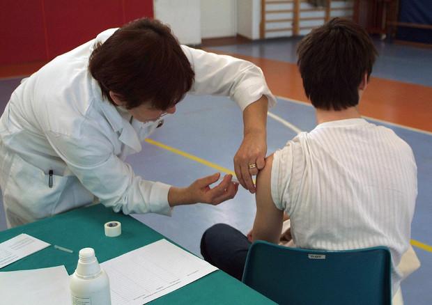 Da morbillo a meningite, ecco i 12 vaccini obbligatori a scuola