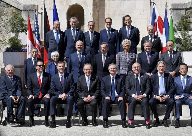G7: 'Crescita globale moderata, ogni mezzo per spingerla'