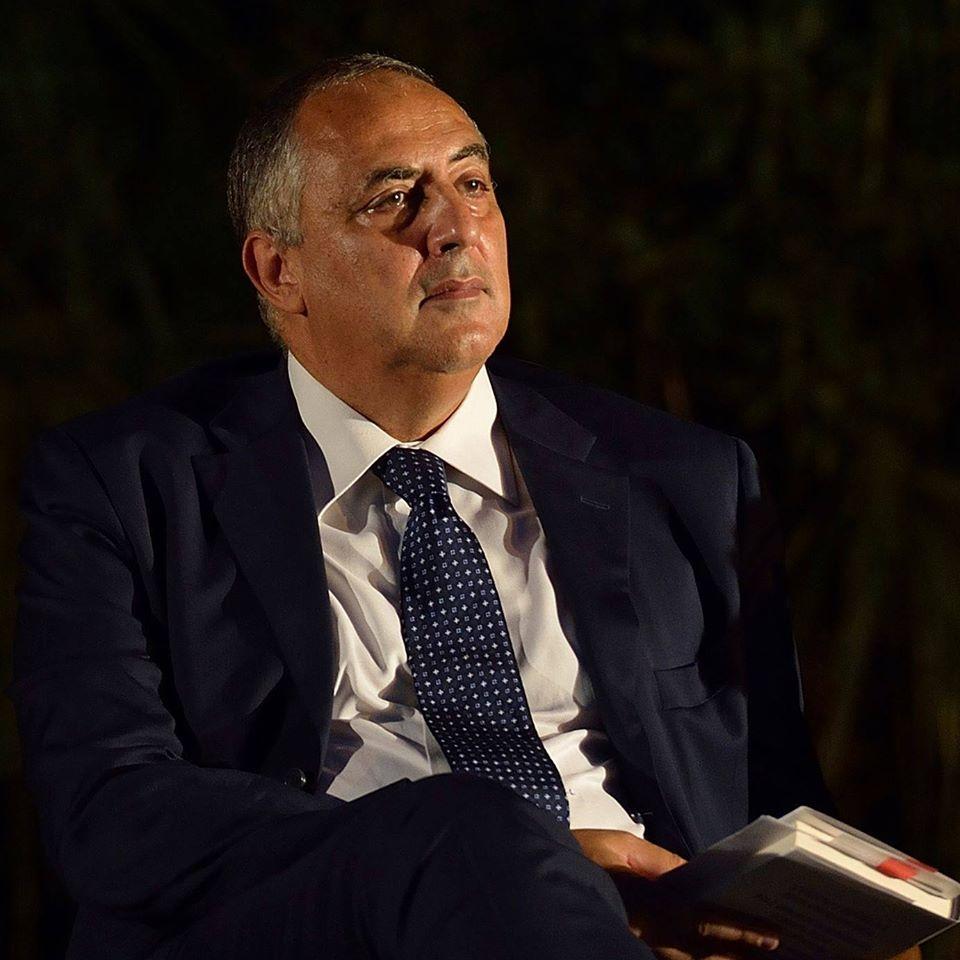 Roberto La Galla presenta a Catania il gruppo 'Idea Sicilia'