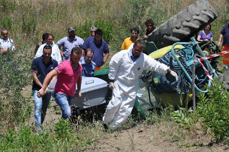 Tragico incidente sul lavoro a Patti, nel Messinese, muore bracciante agricolo,