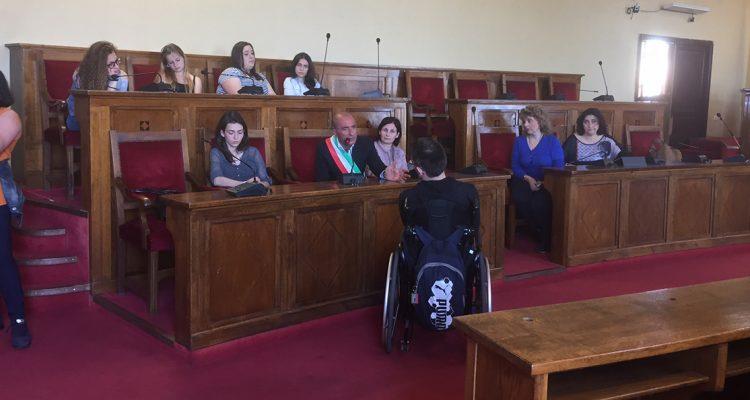 """Il sindaco riceve gli studenti del """"Guttuso"""" di Milazzo"""