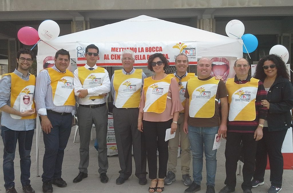 Oral Cancer Day, al via un mese di prevenzione gratuita contro il tumore del cavo orale