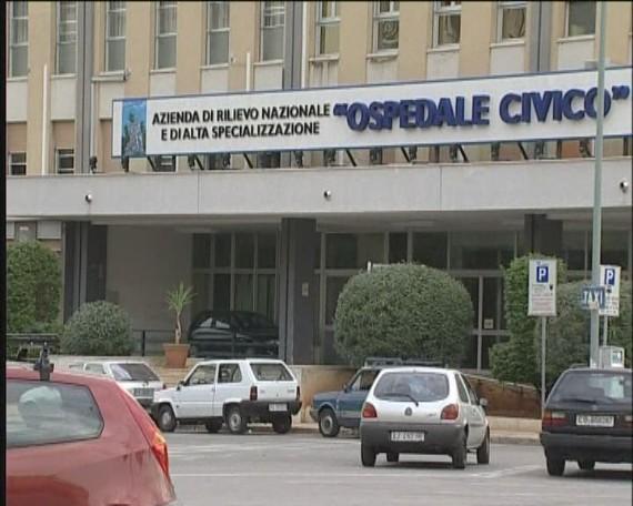 Tragedia a Palermo, si dà fuoco e muore in ospedale