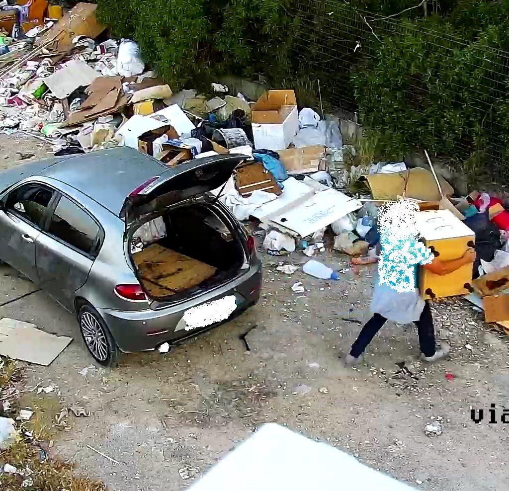 Abbandono di rifiuti, a Bagheria in 5 mesi elevate multe per 12 mila euro