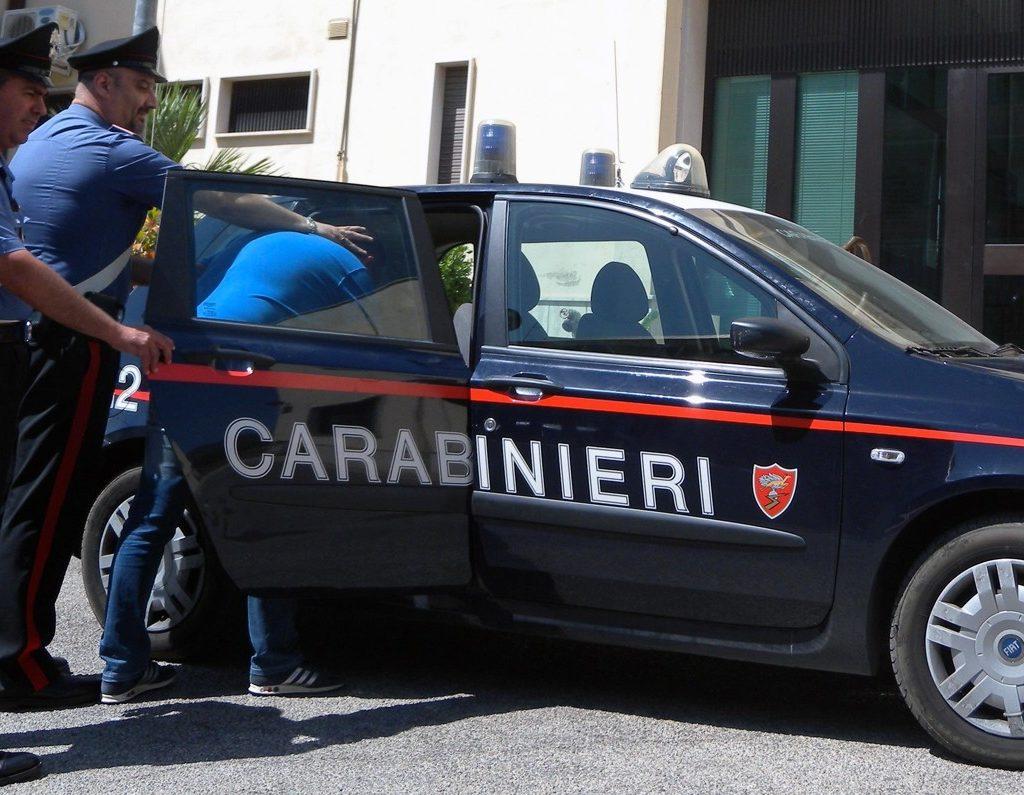 Furti e estorsione in Sicilia, 6 arresti nel Lazio