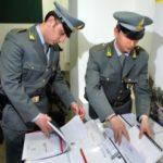 Bancarotta: sequestrati 7 centri commerciali gestiti da cinesi