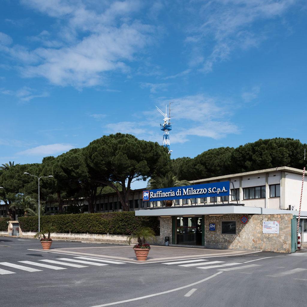 Incontro tra i sindacati e il nuovo management della Raffineria di Milazzo