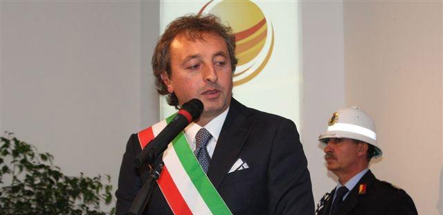 Voto di scambio, arrestato ex sindaco di Vittoria
