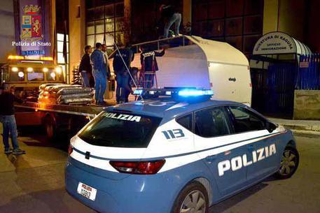 Due denunce, due fogli di via ed un allontanamento da parte della Polizia