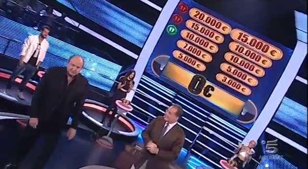 Caduta libera, il quiz in onda su Canale 5 farà tappa a Milazzo per selezionare nuovi concorrenti