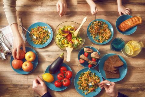 Sclerosi multipla ed alimentazione, ecco cosa mangiare per vivere meglio