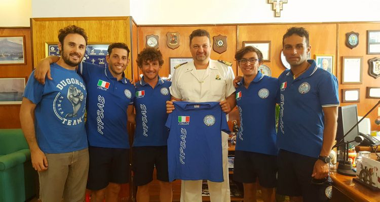 Apnea profonda, la nazionale italiana in allenamento nelle acque di Milazzo