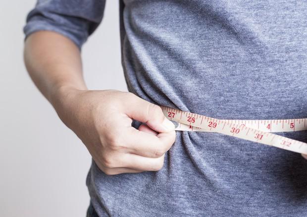 Dopo perdita di peso, più fame e meno sazietà per almeno un anno