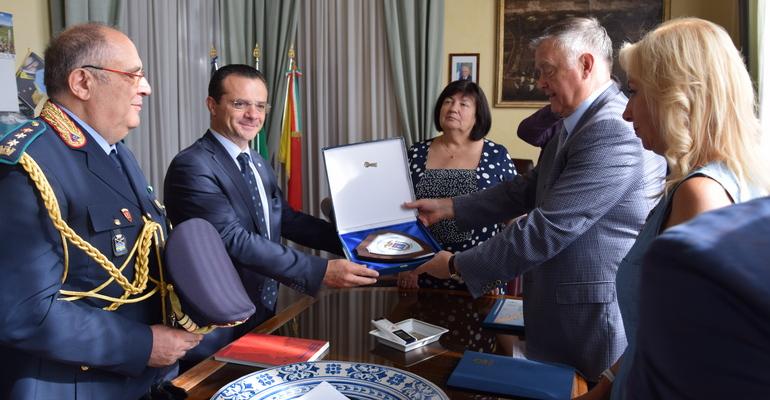 Il Sindaco Metropolitano, On . Cateno De Luca incontra Vladimir Yakunin, Presidente della Fondazione Sant'Andrea l'Apostolo di Mosca