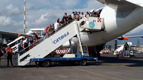 Aeroporto di Catania, oltre 5 milioni di passeggeri nei mesi estivi: traffico in crescita del 18%