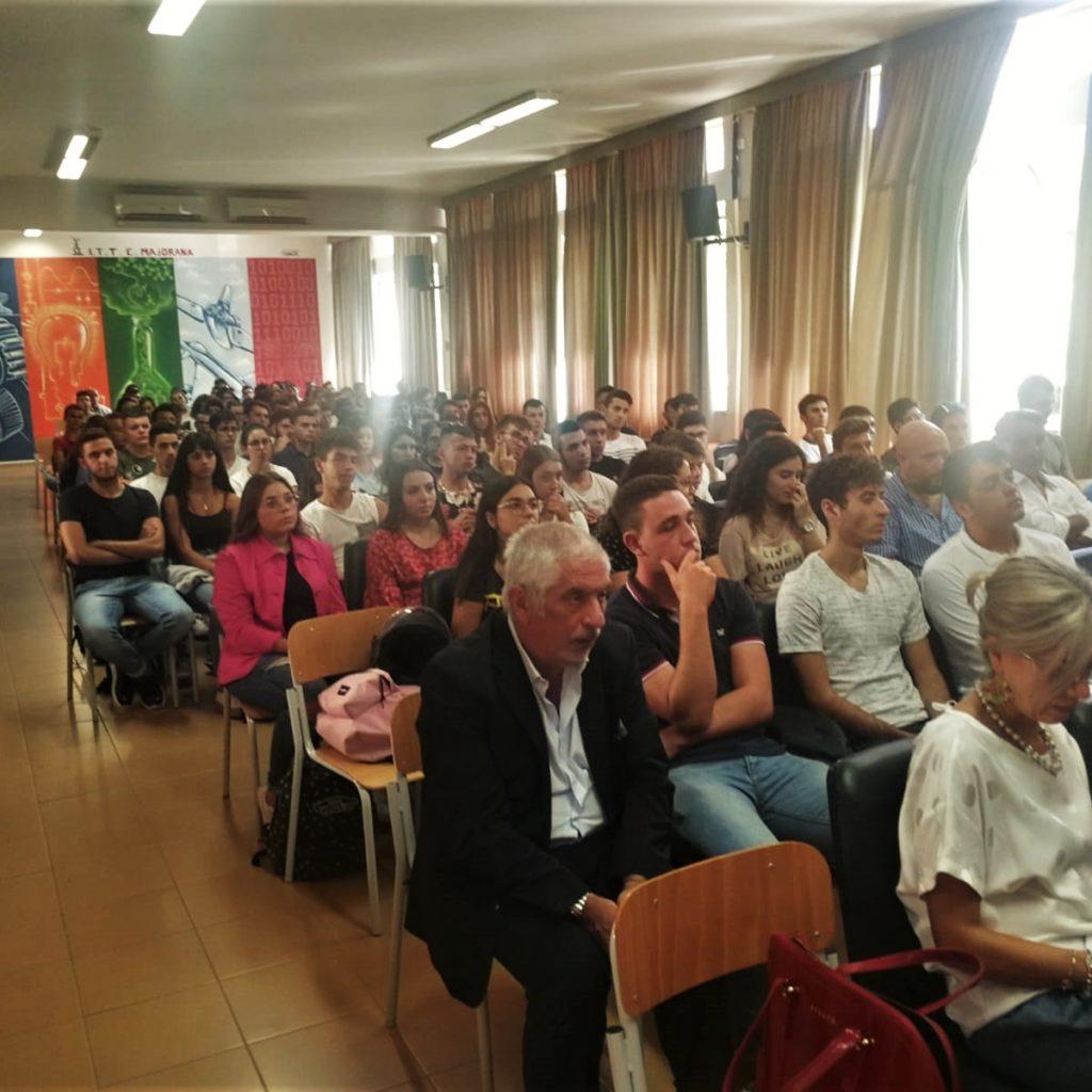 Il Majorana di Milazzo apre con la conferenza informativa per il  Corso di Laurea in Scienze e tecnologie della navigazione nuove tappe di ricerca e progresso