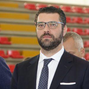 """Sanità, M5S: """"No ad appalti fuori Sicilia, altra svendita del governo Musumeci"""""""