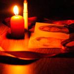 Messina/ Insegnante di religione circuiva anziani con riti esoterici