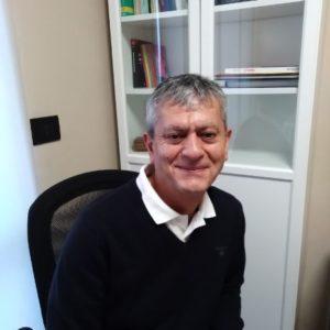 """""""INCONTRI"""" / Le Interviste di Salvino Cavallaro / Siamak Khamnei, medico dentista che esprime grandi valori umani"""