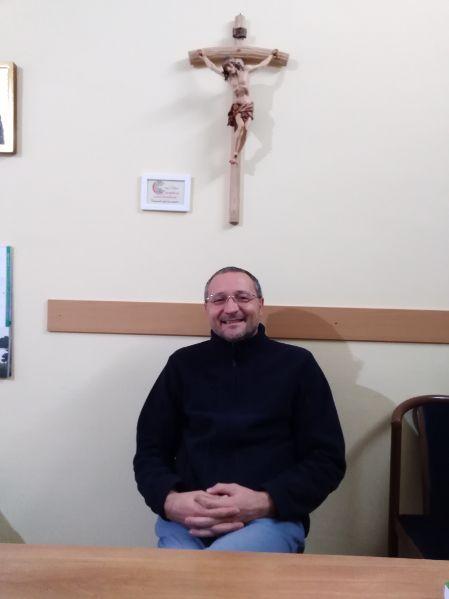 """Incontri/ Le interviste di Salvino Cavallaro/ Don Andrea: """"Se dovessi fare un'intervista a Dio? Gli chiederei perché……"""""""