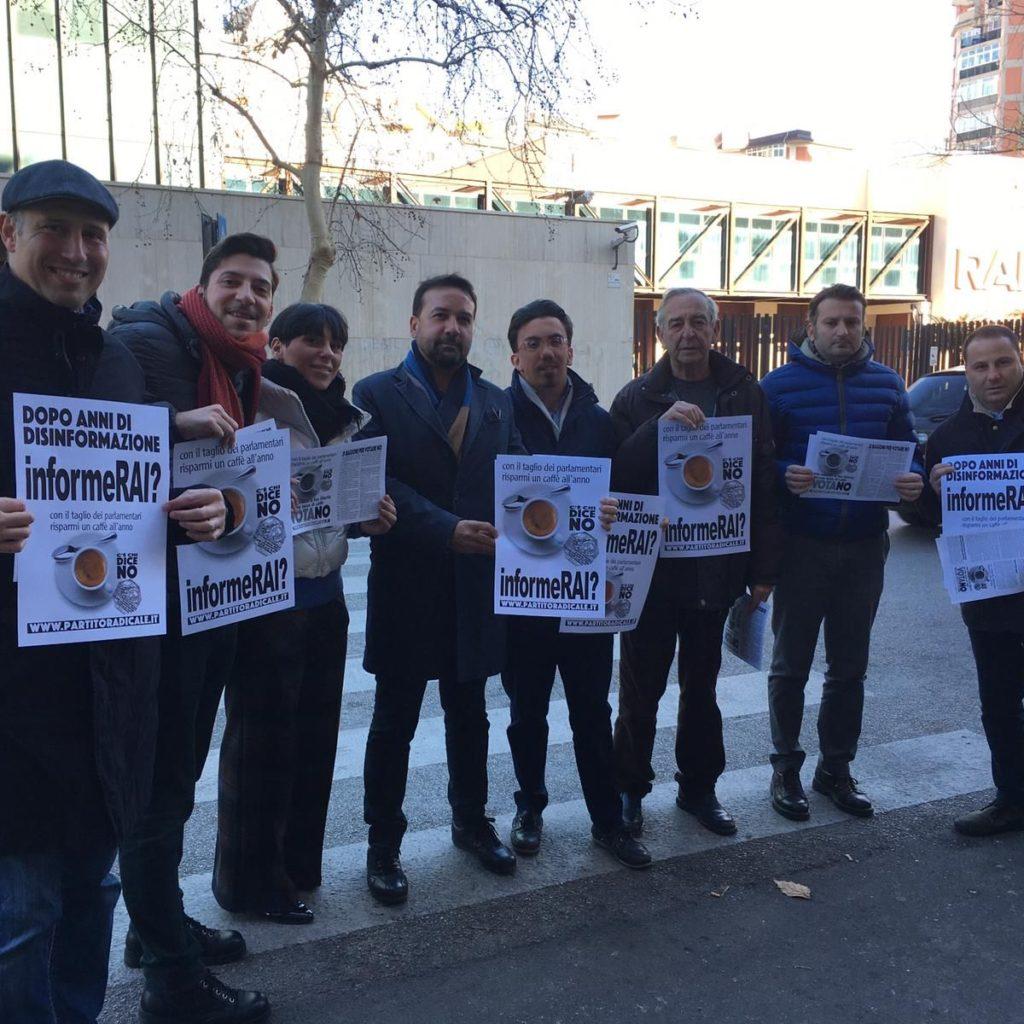 Palermo, sit-in di radicali e socialisti davanti alla Rai contro il silenzio sul referendum