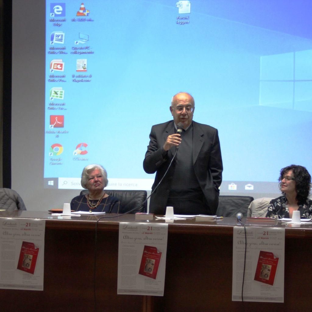 """Presentato a MIlazzo il libro di Smedili """"Altro giro altra corsa""""!"""