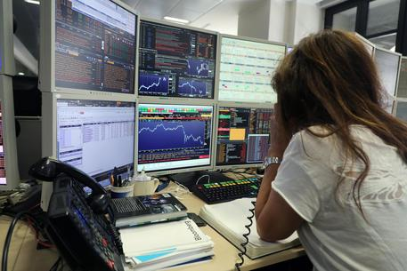 Borsa: Milano apre in rialzo (+1,69%)