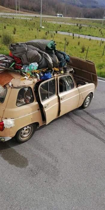 Auto con 3 stranieri arriva nel Catanese