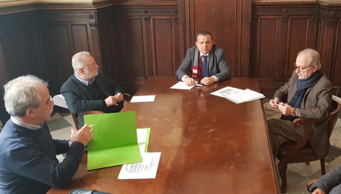 il Sindaco Metropolitano Cateno De Luca garantisce il massimo impegno per la salvaguardia dei livelli occupazionali nella Raffineria di Milazzo