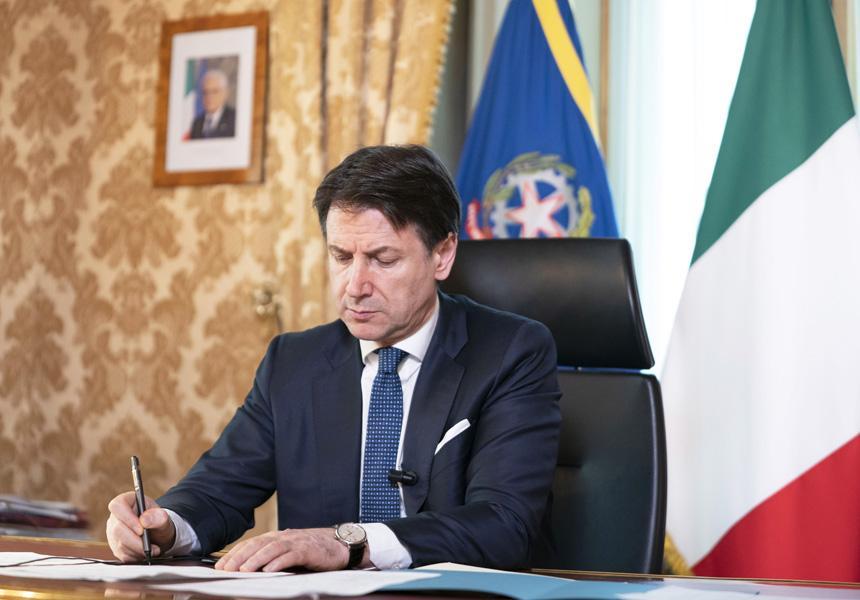 Il sondaggio: sale la fiducia in Conte, Meloni scavalca Salvini