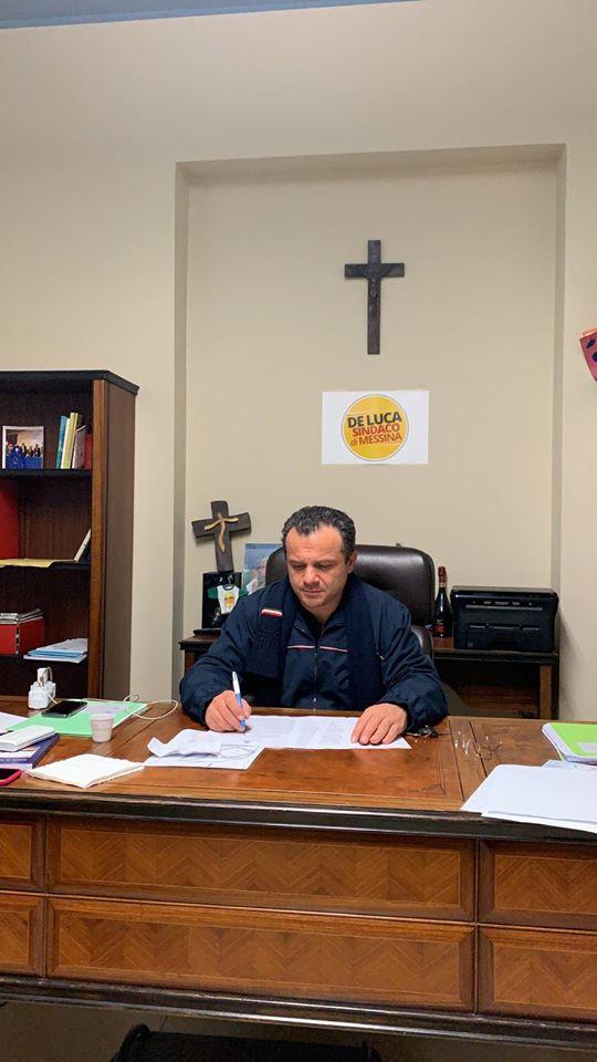 """Fase 2, il Sindaco De Luca (Messina) scrive a Conte e governatori del Meridione: """"Ho trasmesso la mia proposta di DPCM. Meglio la libertà autovigilata con aperture differenziate per regione che morire di fame a causa di disposizioni scriteriate"""""""