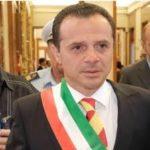 """Messina, De Luca va avanti """"Il coprifuoco resta"""""""