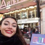 """Giada Giordano cantante rappresenta l'Italia al World championship of performing arts in America."