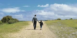 Coronavirus, sì passeggiata genitore-figlio, no jogging. La nuova circolare del Viminale
