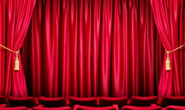 Teatri, finalmente si alza il sipario