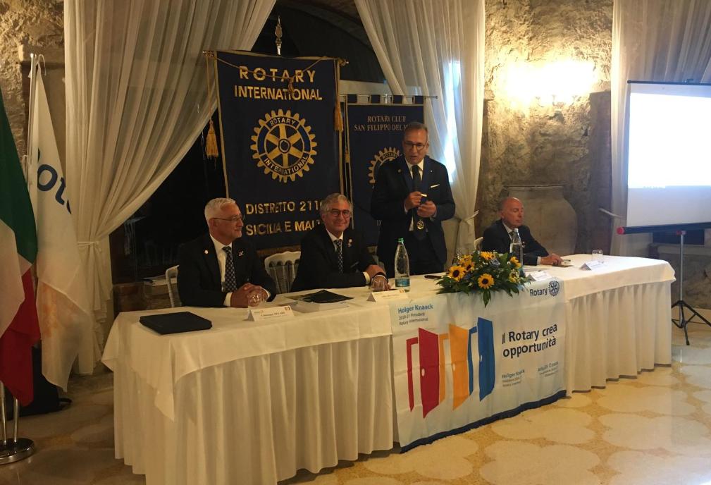 Il governatore Alfio Di Costa ricevuto dal sindaco di San Filippo del Mela