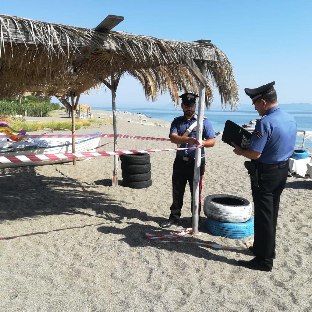 Gioiosa Marea (ME): i Carabinieri denunciano otto persone per occupazione abusiva di suolo demaniale marittimo.