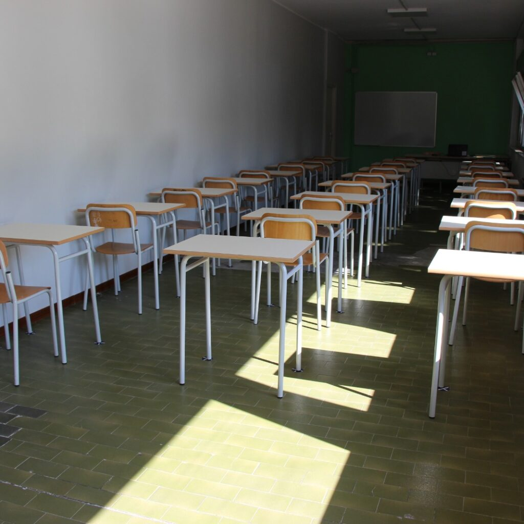 """Ritorno a scuola per gli studenti del """"Majorana"""" di Milazzo"""