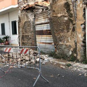 Crolla abitazione in via Maio Mariano a Milazzo