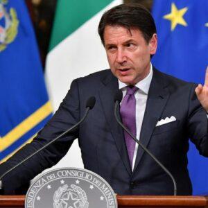L'Italia nel caos, sfilacciata e divisa tra Stato e Regioni