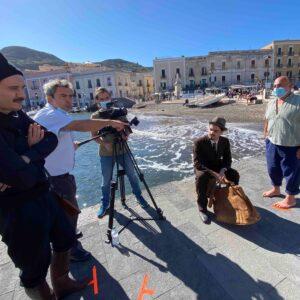 Concluse a Lipari e Salina le riprese del film di Fabio Segatori dedicato allo statista sardo Emilio Lussu. Protagonisti Renato Carpentieri e Galatea Ranzi.