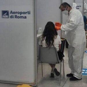 Covid: test rapidi per le scuole come in aeroporto, ok del Ministero